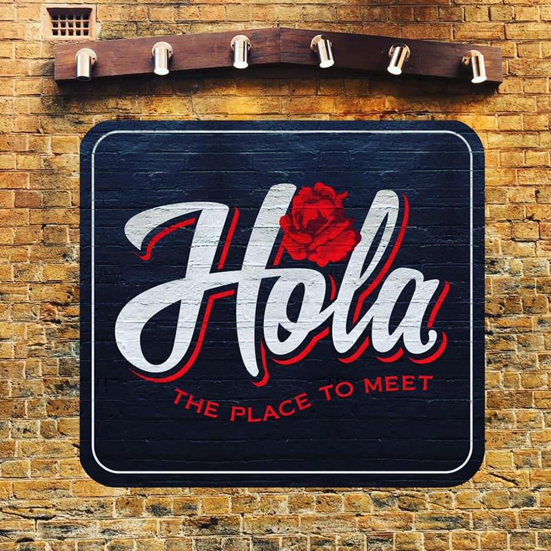 hola-toowoomba-logo